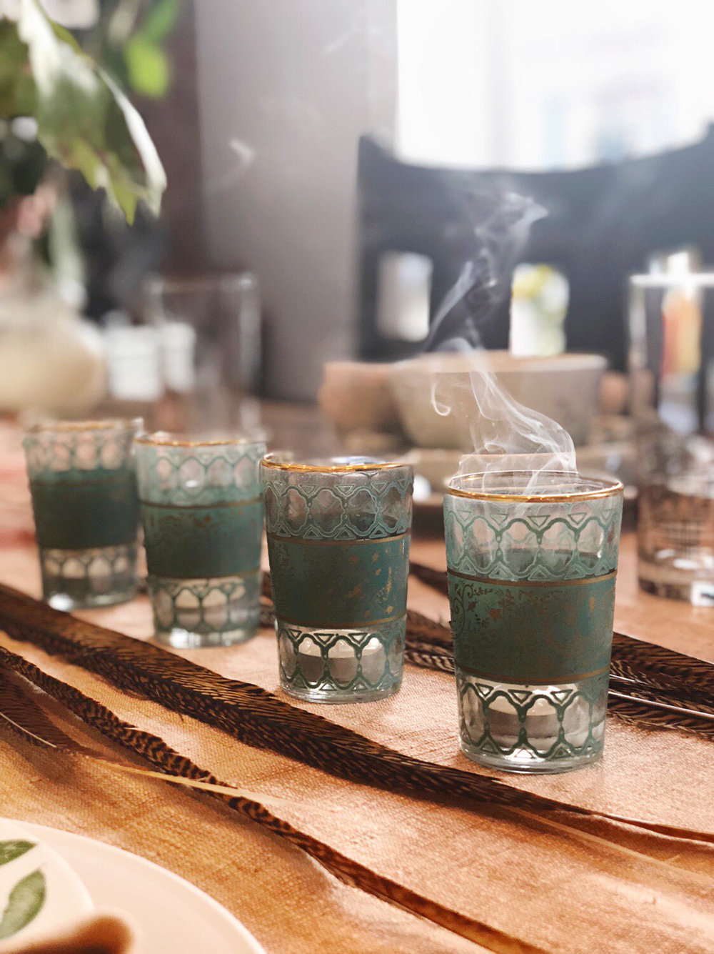 Light candles for immediately setting the scene for your dinner guests. Don't be overwhelmed by hosting a fabulous dinner party. These tips and tricks will help you create the best place setting tablescape and dinner party for friends.