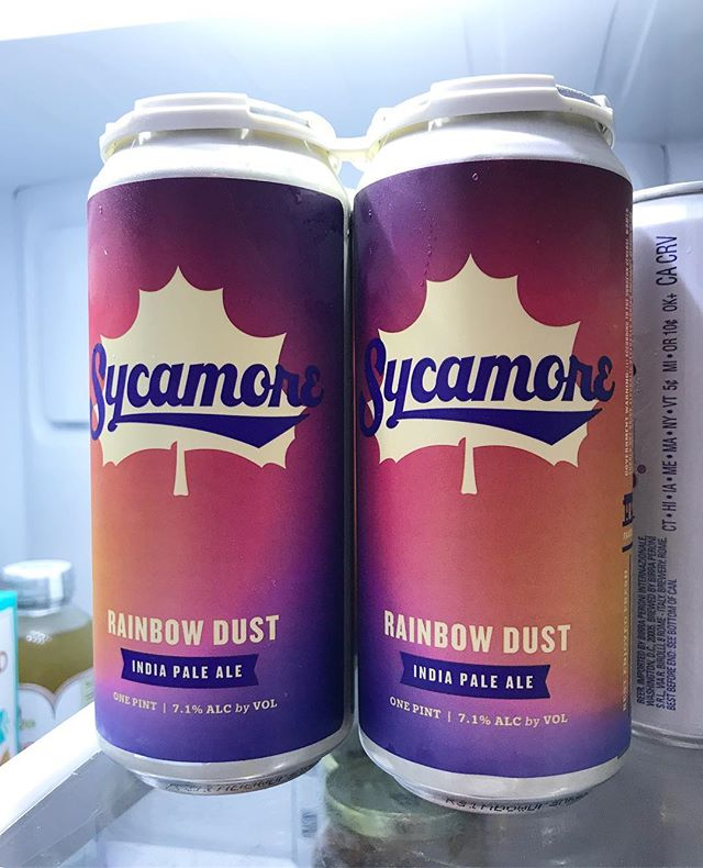 How pretty are these @sycamorebrewing cans?! 😍