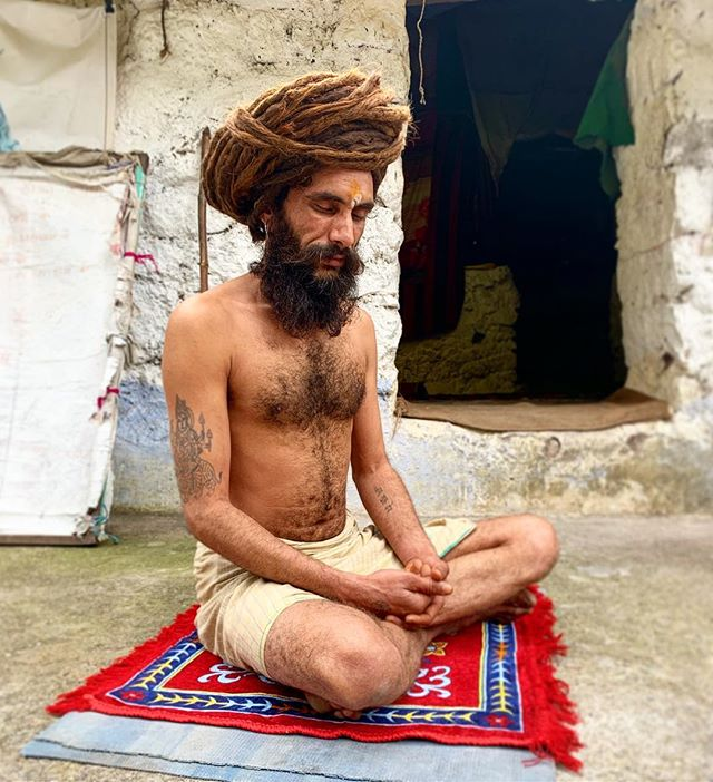 Brahmacharya. Dharana. Samadhi. This Guru Ji has been living/meditating in a cave for 12 years. He's 33 now. The highlights from my own journey are always the connecting moments to the journeys of others. #humantohuman #humanity #humanfamily #connect