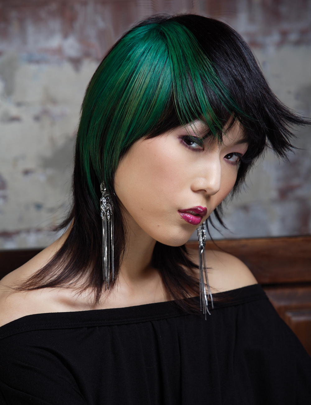 Lawrence picture - green hair - edit fly aways v2.jpg