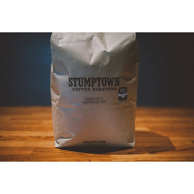 Costa Rica Montes de Oro from @stumptowncoffee. With tasting notes of #vanilla, #nutmeg, and #applecider, this is a perfect #fall #coffee