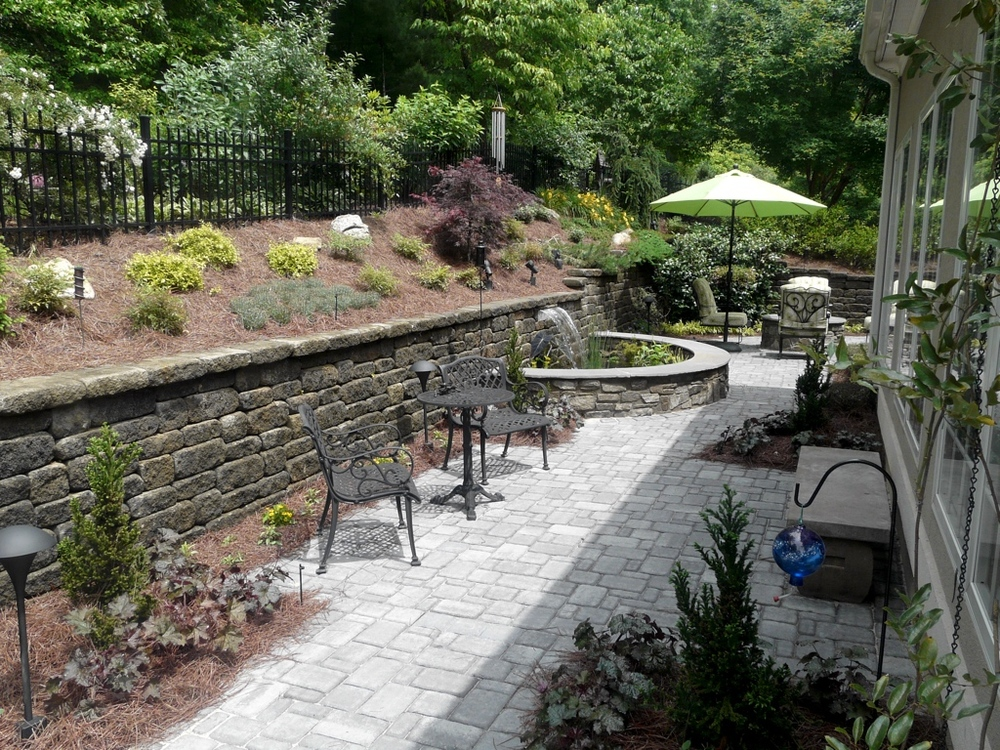 Patio and wall 01.jpg