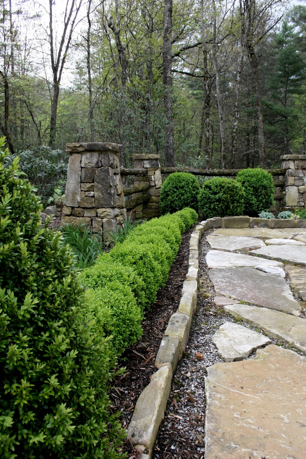 Stone patio and garden 02.jpg
