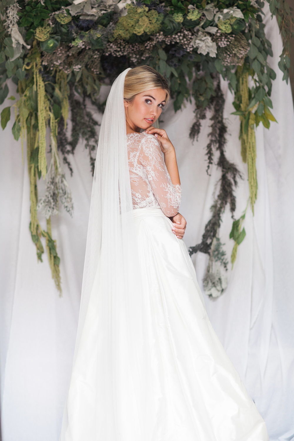 Unveiled Behind The Modern Brides Veil Options White Dresses