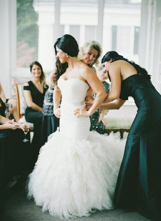 Photo via Style Me Pretty by Lauren Rosenau Photography. Bridal Boutique Hayden Olivia.