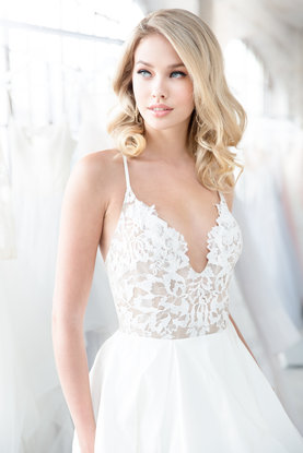 blush-hayley-paige-bridal-spring-2018-style-1804-zuri_6.jpg