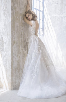 hayley-paige-bridal-fall-2017-style-6757-vaughn_10.jpg