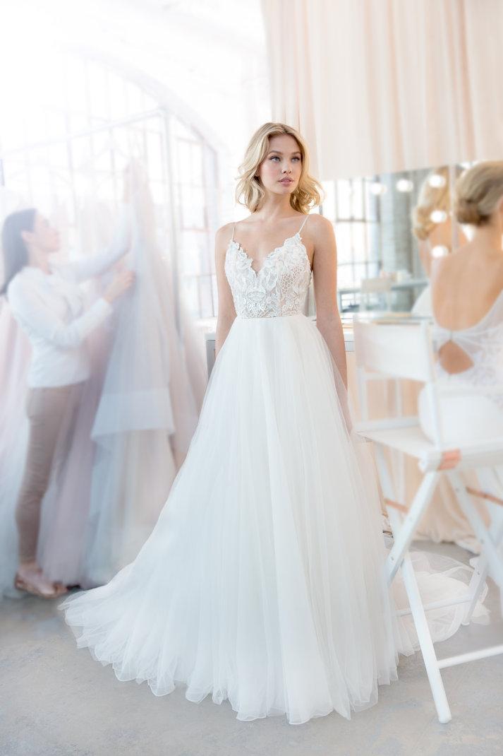 blush-hayley-paige-bridal-spring-2018-style-1820-kai_7.jpg