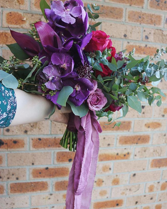 Jem's bouquet from this weekend #popofcolour #weddingbouquet