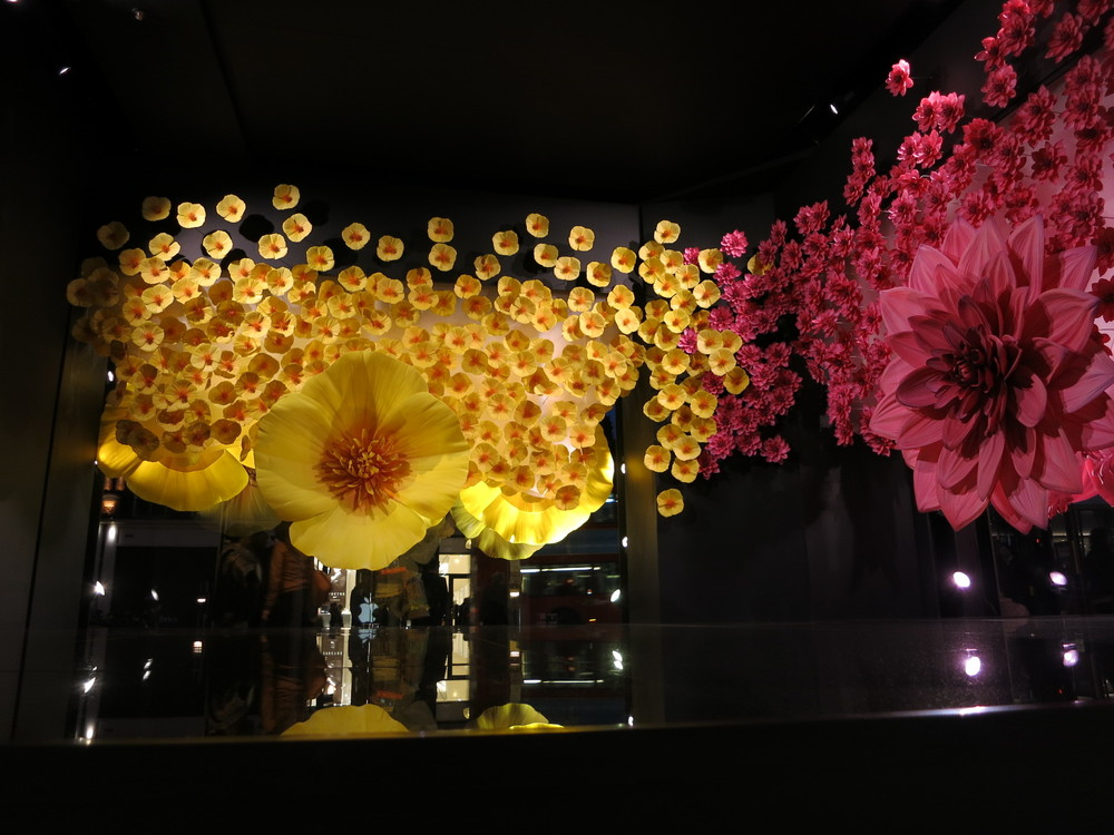 Selfridges' windows Oct 2015