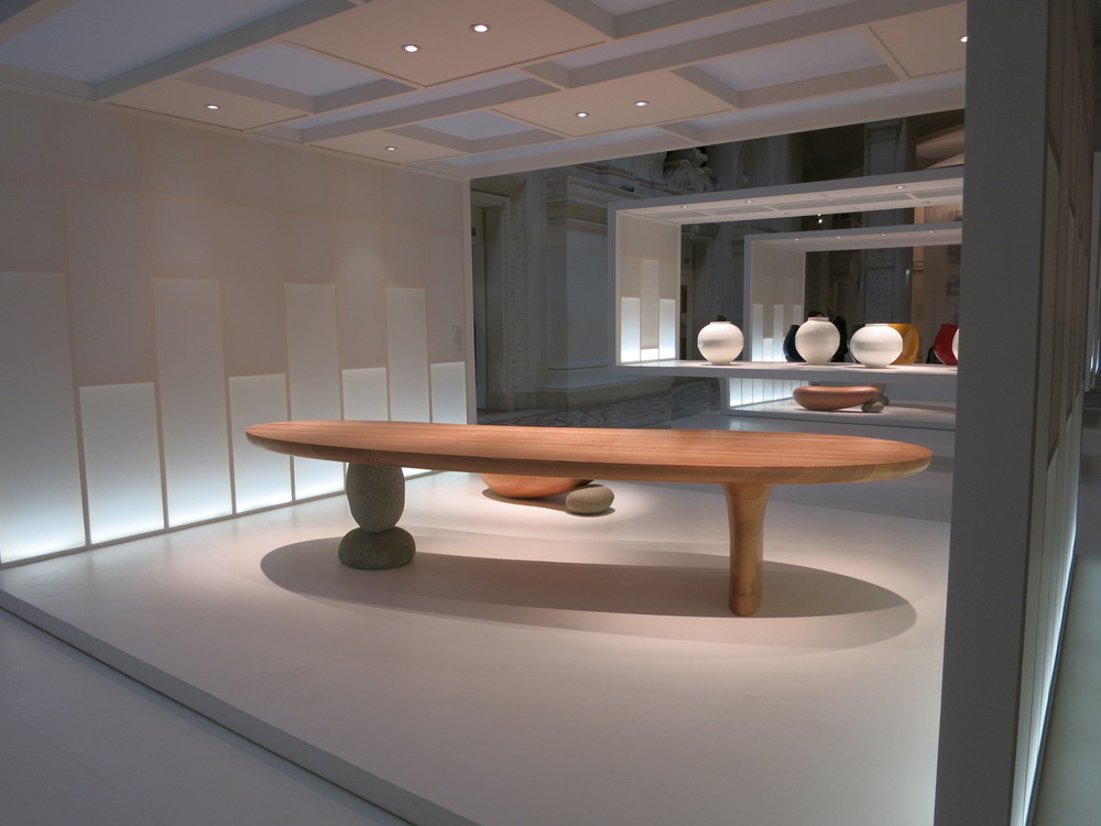 Musee des Art Decoratifs, Paris. 'Korea Now' exhibition 2015. Table designed by Choi Byung-hoon.