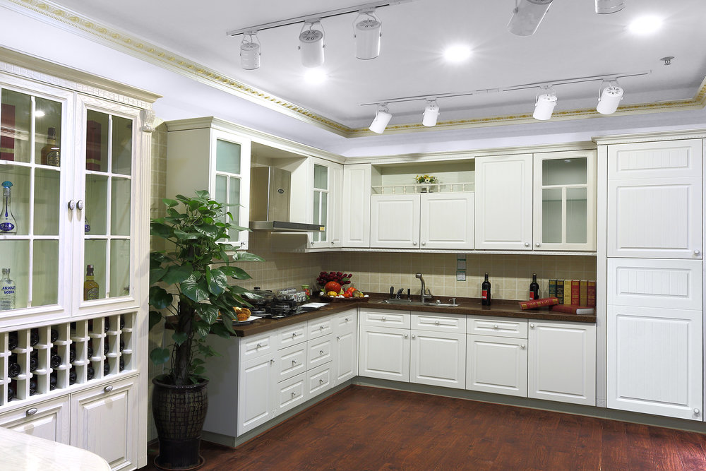 Novolink Kitchen with Bright White LED Recessed Lights