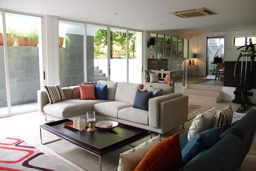 Family Room (1).JPG