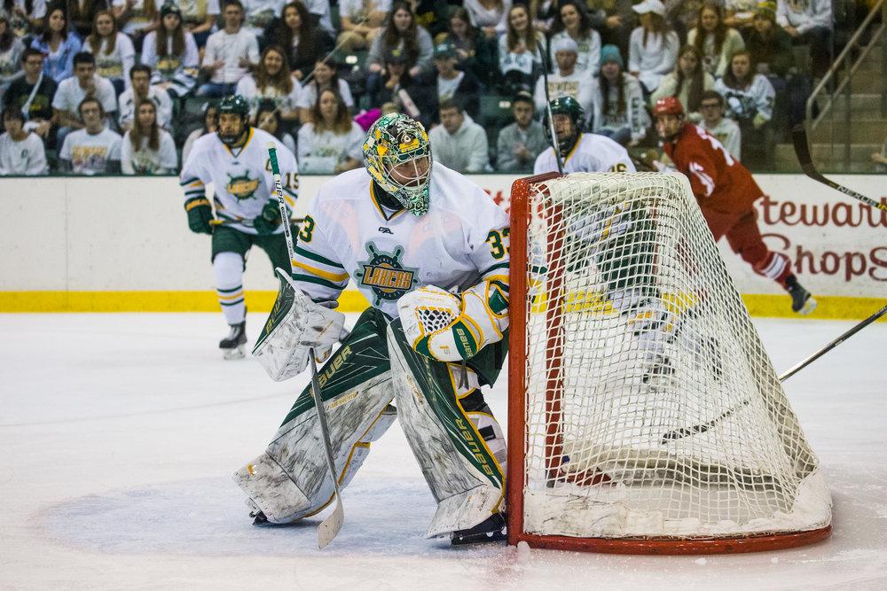 Oswego Hockey-58.jpg