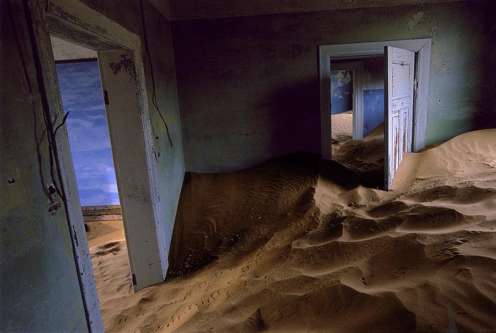 CW06-Sand-House-Blue-(horizontal).jpg