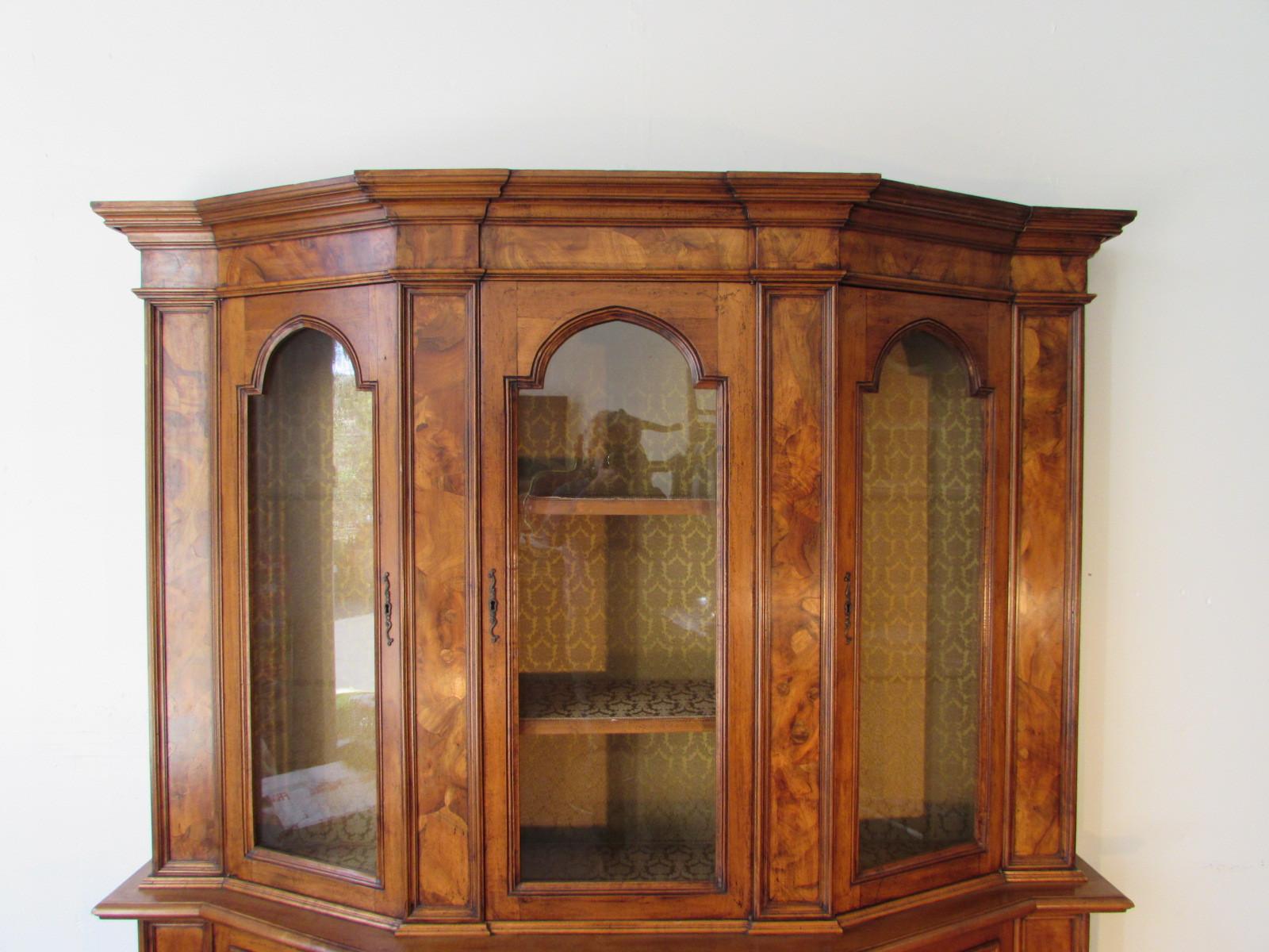 Venetian Showcase Sideboard Credenza Bellini S Antique Italia