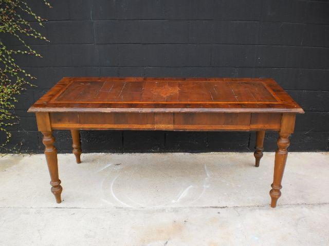 Antique Italian Desk with inlaid family crest - Antique Italian Tables & Desks — Bellini's Antique Italia