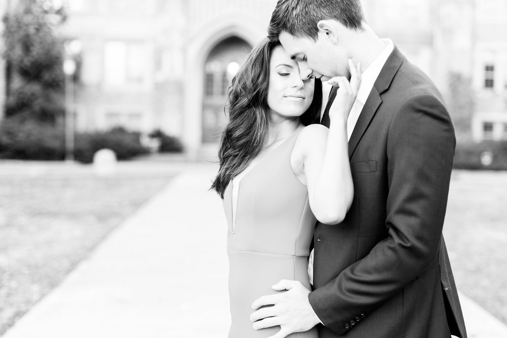 UniversityOfWashingtonSeattleEngagementsession_0469.jpg