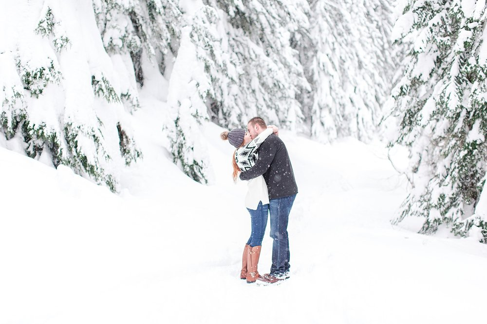 stevens-pass-engagement-session_0520.jpg