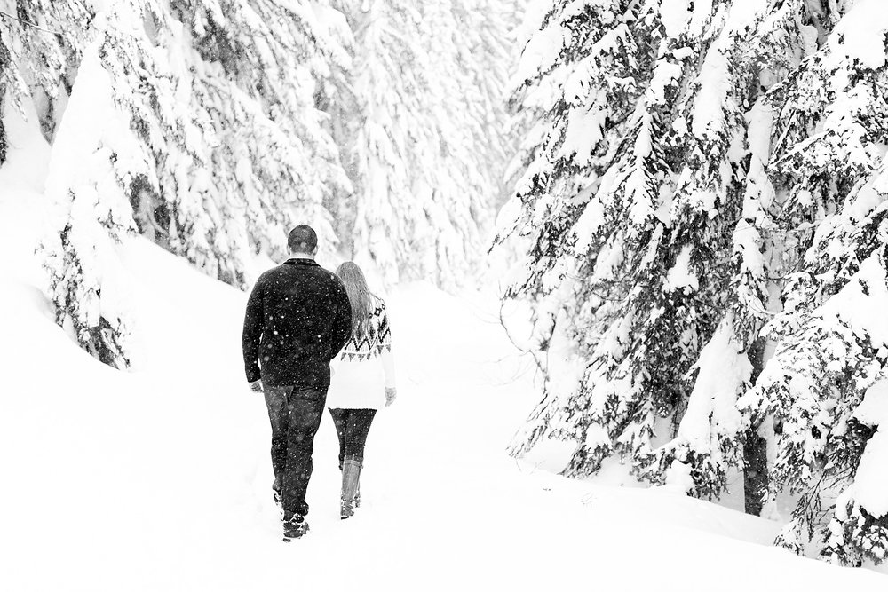 stevens-pass-engagement-session_0534.jpg