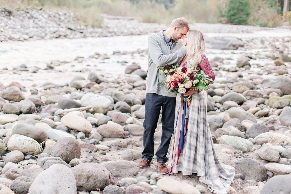 seattle-river-elopement_0002.jpg
