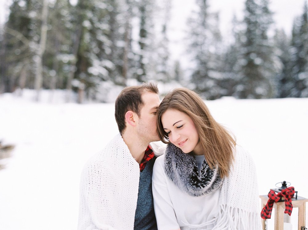 Lake Minnewanka Banff Engagement Calgary Wedding Photographer_003.jpg