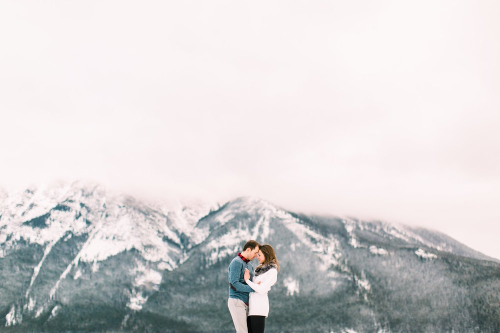 Lake Minnewanka Banff Engagement Calgary Wedding Photographer_0016.jpg