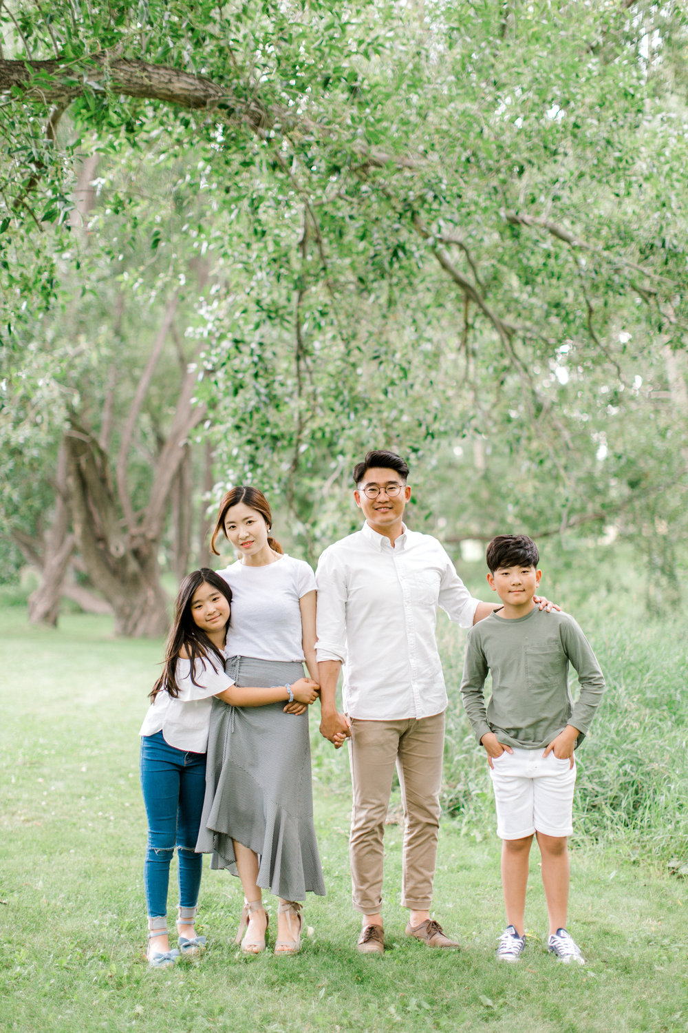 calgary family photography lifestyle photographer confederation park 6.jpg