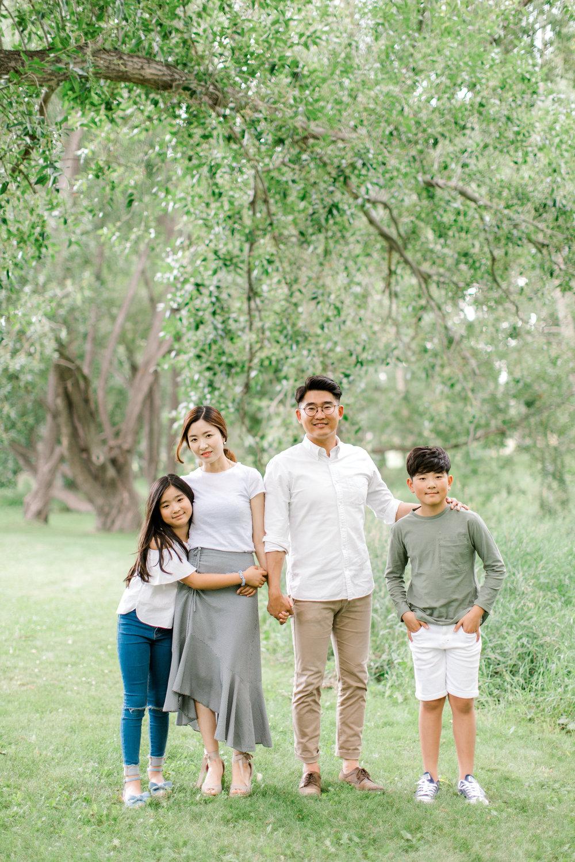 calgary family photography lifestyle photographer confederation park 6.jpg