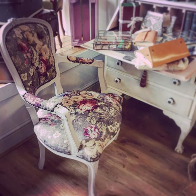 Beautiful upholstered chair fresh out of the workshop this morning, perfect for a dressing table, desk or simply just because you love it! #roseandleeinteriors #upholstery #fabric #floral #roses #greys #countryfloral #chic #elegant #reworked #shoplocal #prestwich #manchester #localbrand