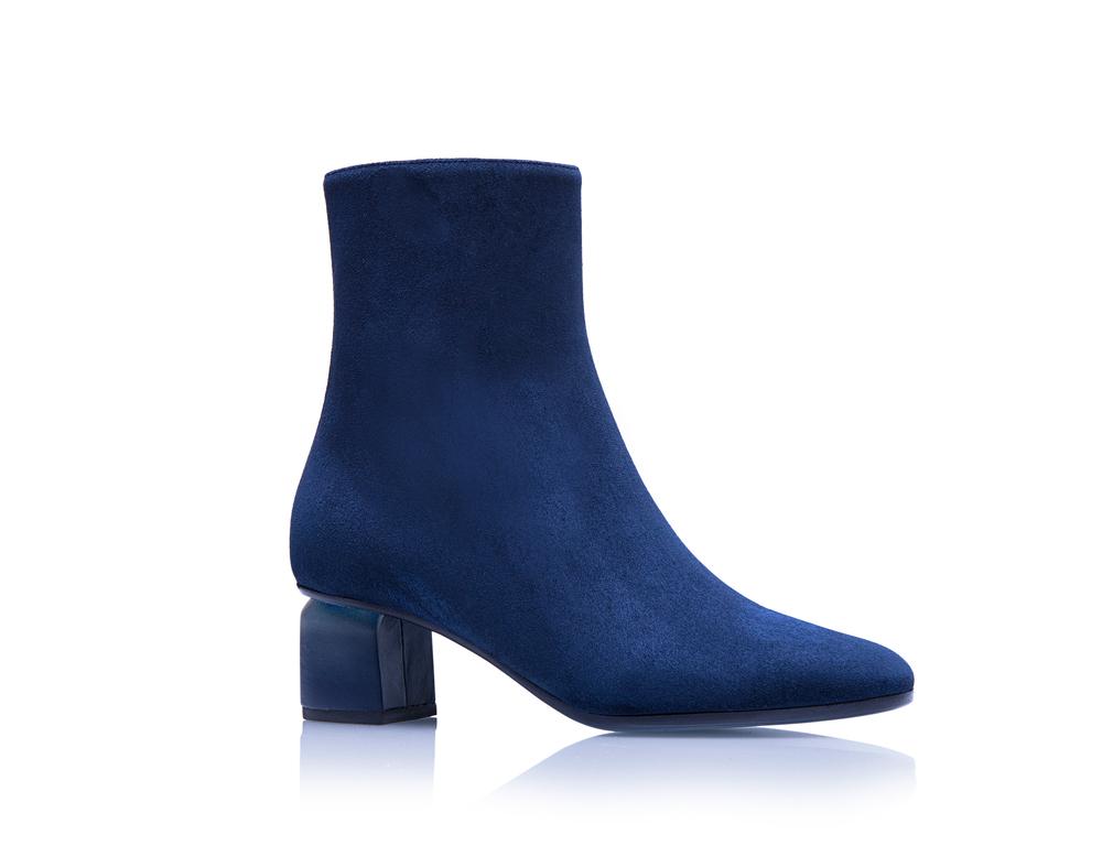 Q55 - Blue.jpg