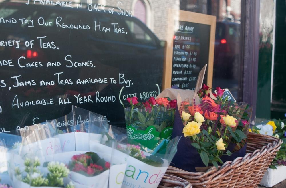 Lewesiana  Flowers in Lewes by Katie Vandyck