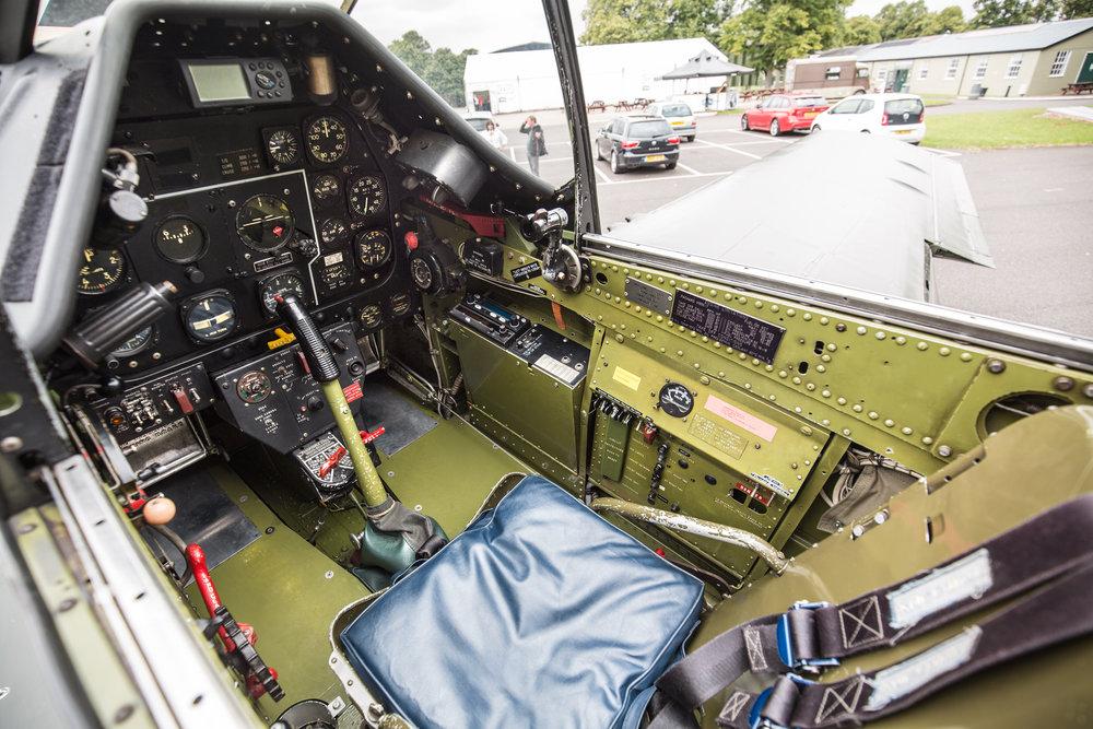 frankie-cockpit-4.jpg
