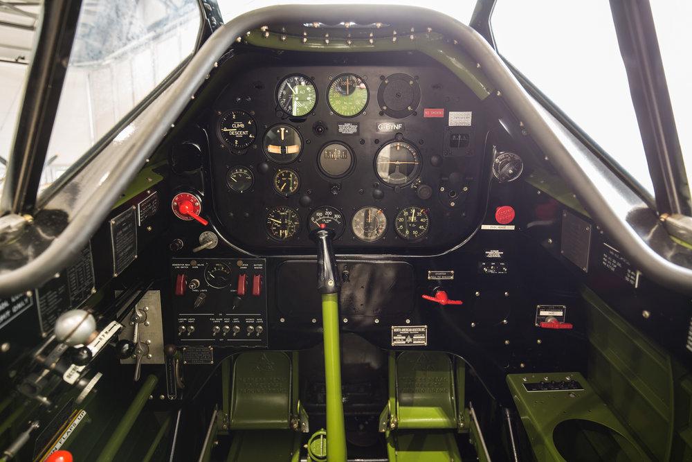 Yale-cockpit_1.jpg