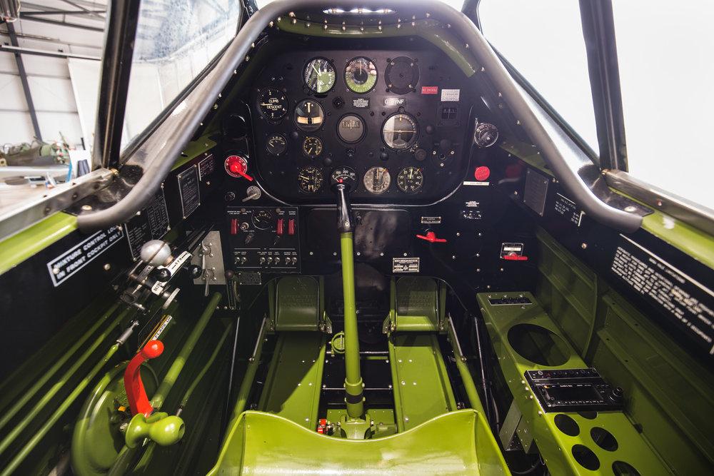 Yale-cockpit_2.jpg