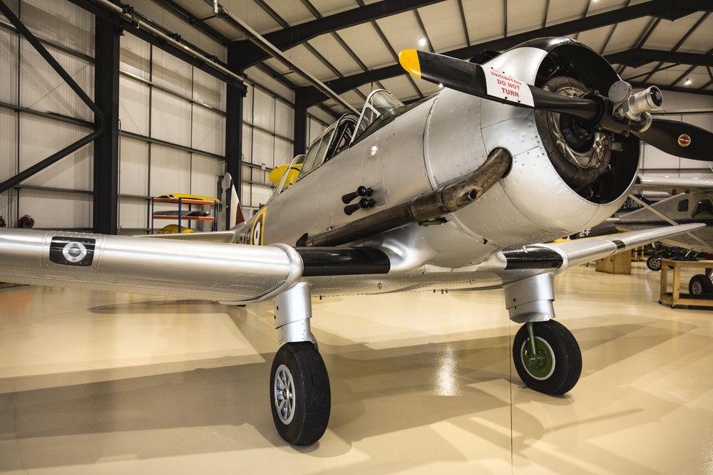 Yale-in-hangar_3.jpg