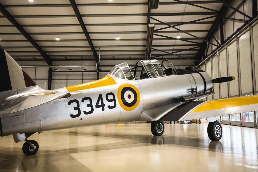 Yale-in-hangar_4.jpg
