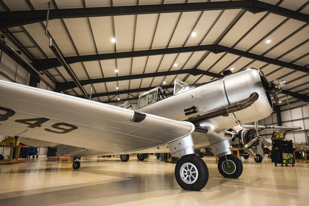 Yale-in-hangar_7.jpg