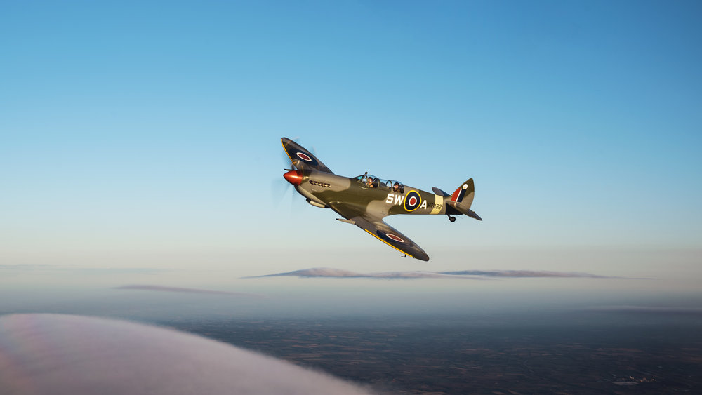 ARCo-Spitfire-PT462-Flight-chasing-clouds.jpg