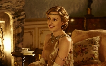 Edith, looking sweet. Source: http://www.telegraph.co.uk/culture/tvandradio/downton-abbey/12065142/Why-Downton-Abbey-is-the-story-of-one-woman-only.html