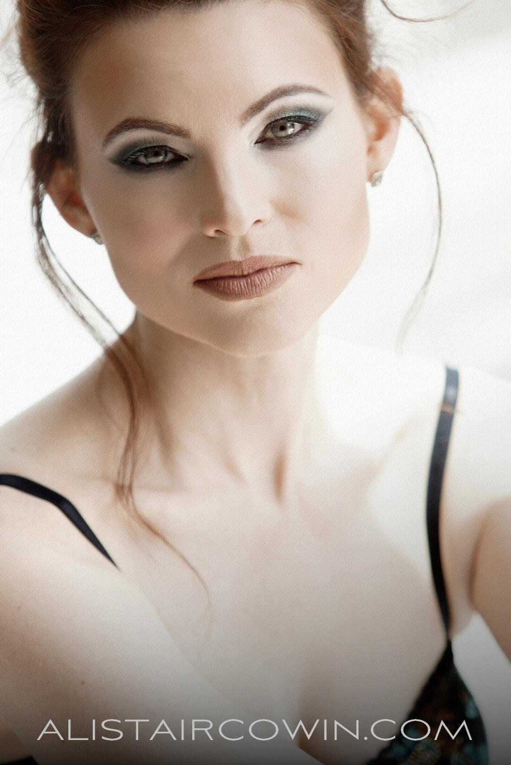 Jeannie McG  P263R.jpg