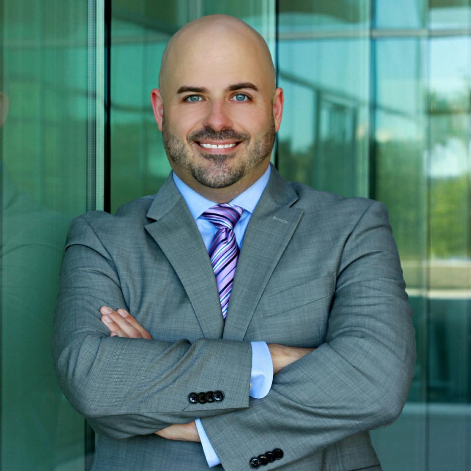 Damien McKinney –Family Lawyer – Tampa, Florida