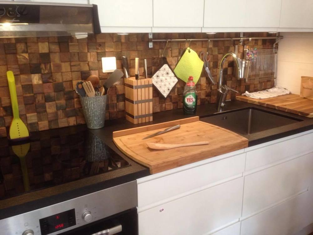 Vi har även fixat kakel i köket