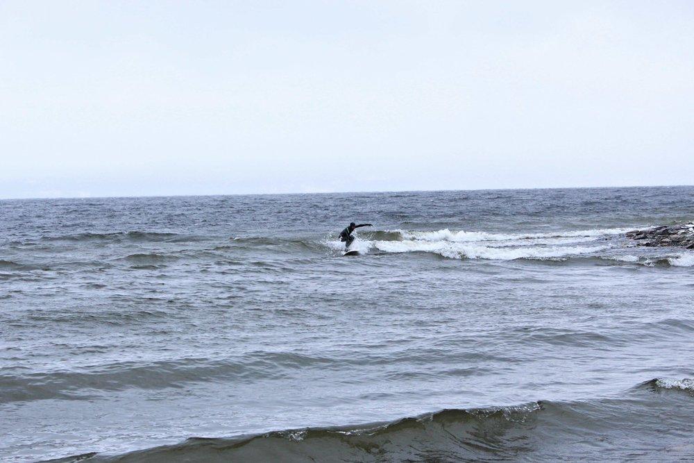 Vi fick några okej vågor även om det var lite litet.