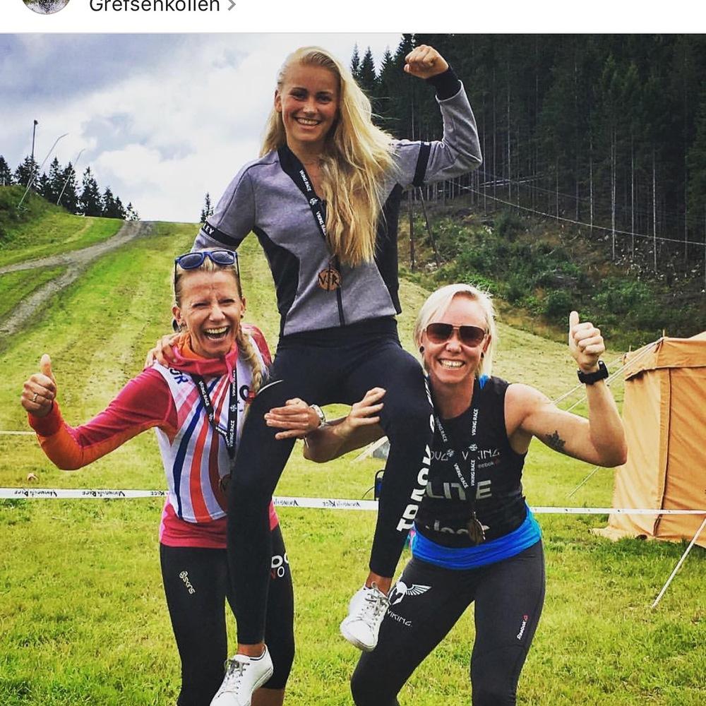 På toppen enda råere dame - Julie Wahr Hansen fra Team Santander!!!