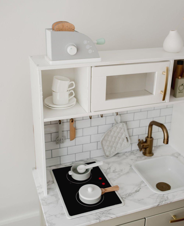 Ikea-Play-Kitchen-Hack-14.jpg