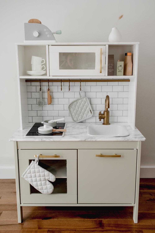 Ikea-Play-Kitchen-Hack-2.jpg