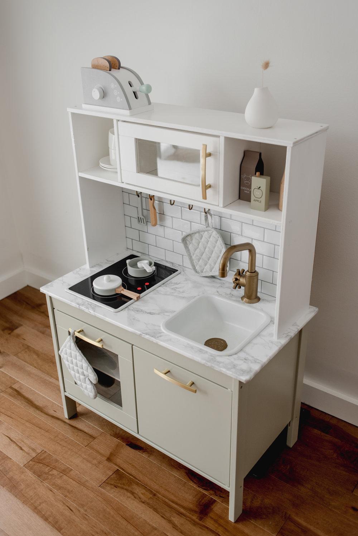 Ikea-Play-Kitchen-Hack-4.jpg