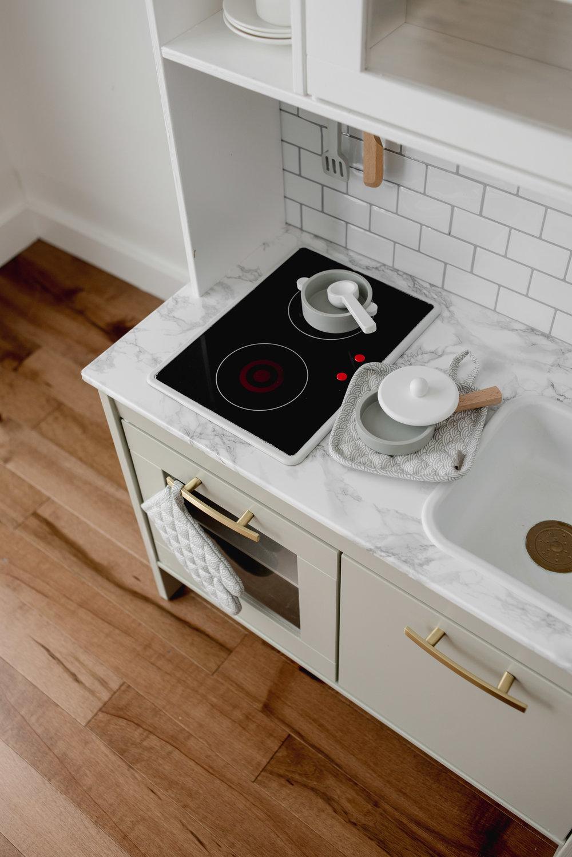 Ikea-Play-Kitchen-Hack-18.jpg