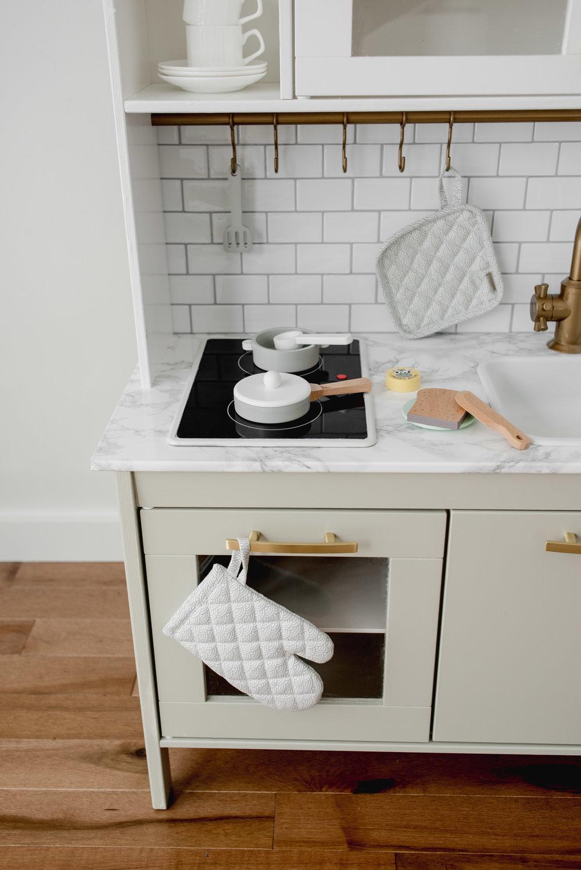 Ikea-Play-Kitchen-Hack-21.jpg